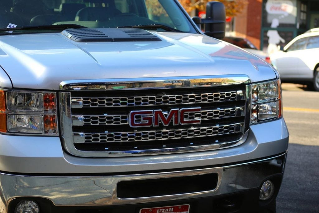 7 Must-Have Accessories for Your Pickup Truck
