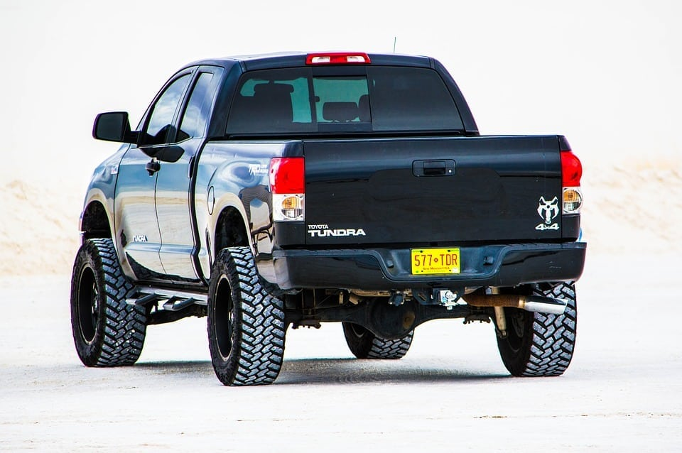 Tips for hauling cargo in your truck bed